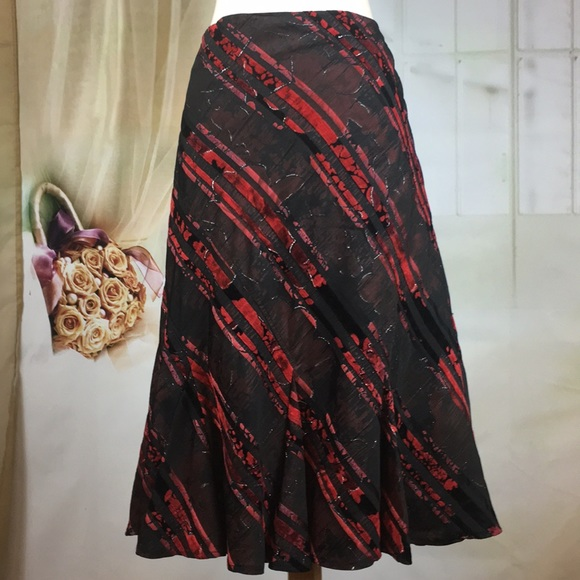 Simply French Dresses & Skirts - Simply French Red & Black Trumpet Skirt